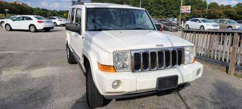2010 Jeep Commander for sale at Kelly & Kelly Supermarket of Cars in Fayetteville NC