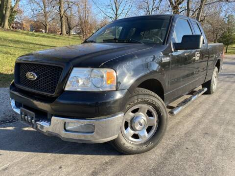2004 Ford F-150 for sale at Bloomington Auto Sales in Bloomington IL