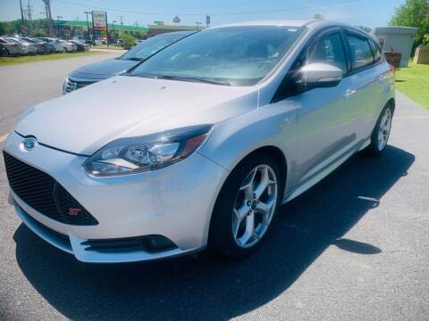 2013 Ford Focus for sale at BRYANT AUTO SALES in Bryant AR