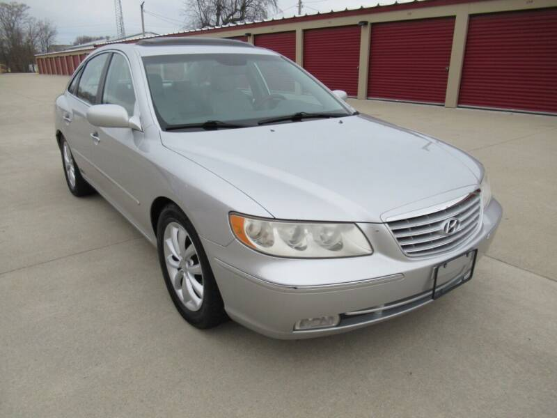 2006 Hyundai Azera for sale at Perfection Auto Detailing & Wheels in Bloomington IL