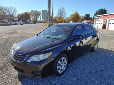 2011 Toyota Camry for sale at VAUGHN'S USED CARS in Guin AL