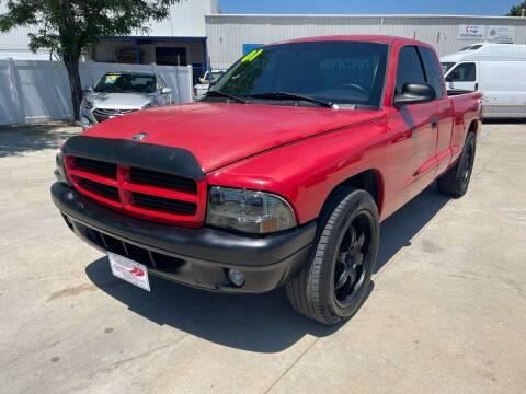 2001 Dodge Dakota for sale at AP Auto Brokers in Longmont CO