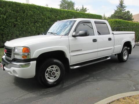 2005 GMC Sierra 2500HD for sale at Top Notch Motors in Yakima WA