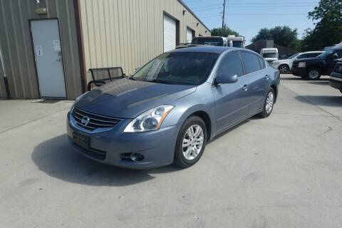 2012 Nissan Altima for sale at Universal Credit in Houston TX
