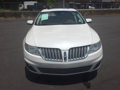 2011 Lincoln MKS for sale at Beckham's Used Cars in Milledgeville GA