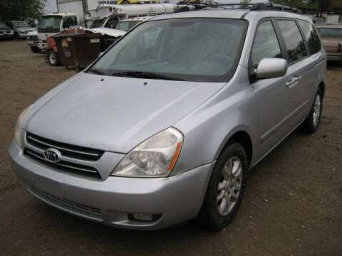2006 Kia Sedona for sale at Carz R Us 1 Heyworth IL in Heyworth IL