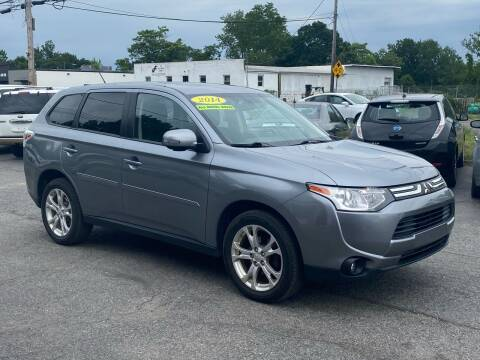 2014 Mitsubishi Outlander for sale at MetroWest Auto Sales in Worcester MA