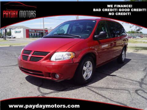 2005 Dodge Grand Caravan for sale at Payday Motors in Wichita And Topeka KS