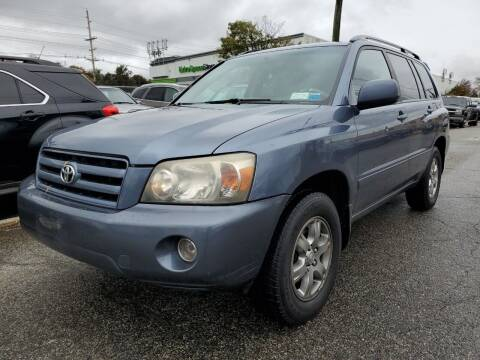 2005 Toyota Highlander for sale at MENNE AUTO SALES in Hasbrouck Heights NJ