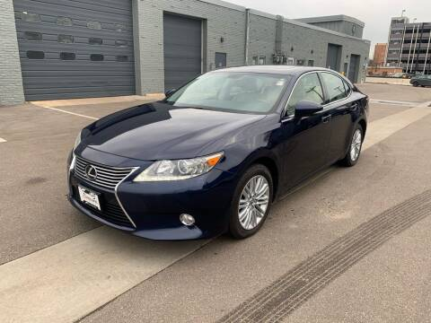 2013 Lexus ES 350 for sale at The Car Buying Center in St Louis Park MN