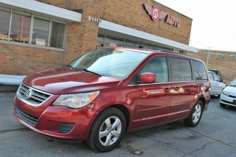 2011 Volkswagen Routan for sale at JT AUTO in Parma OH