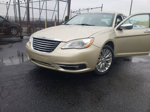 2011 Chrysler 200 for sale at Cj king of car loans/JJ's Best Auto Sales in Troy MI