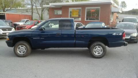 2002 Dodge Dakota for sale at Lewis Used Cars in Elizabethton TN