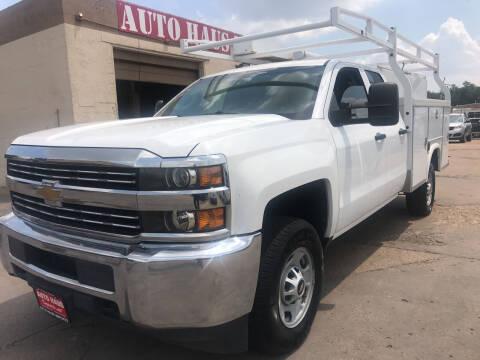 2015 Chevrolet Silverado 2500HD for sale at Auto Haus Imports in Grand Prairie TX