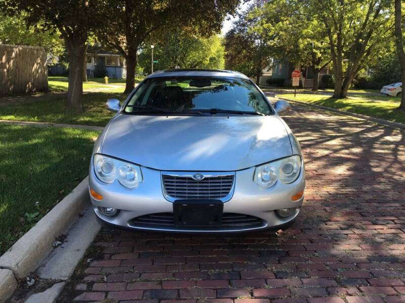 2004 Chrysler 300M for sale at RIVER AUTO SALES CORP in Maywood IL
