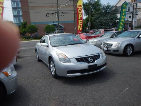 2009 Nissan Altima for sale at 103 Auto Sales in Bloomfield NJ