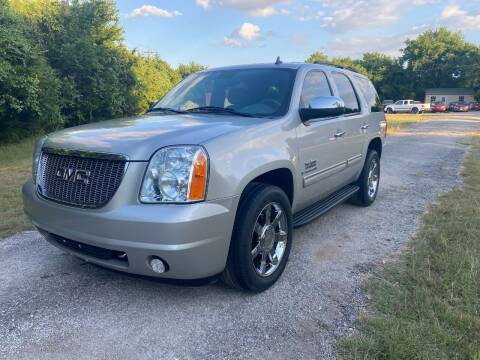 2009 GMC Yukon for sale at The Car Shed in Burleson TX
