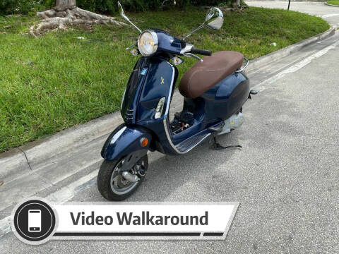 2015 Vespa 150 3vie for sale at My Car Inc in Pls. Call 305-220-0000 FL