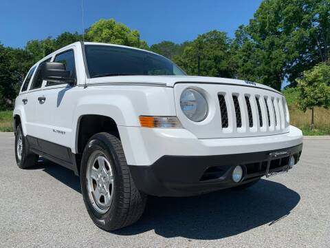 2012 Jeep Patriot for sale at Auto Warehouse in Poughkeepsie NY