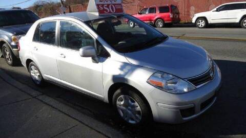 2010 Nissan Versa for sale at Drive Deleon in Yonkers NY