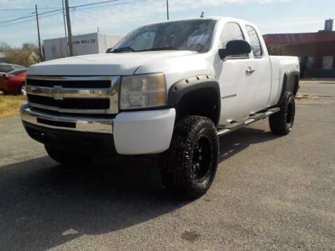 2011 Chevrolet Silverado 1500 for sale at Empire Auto Remarketing in Shawnee OK
