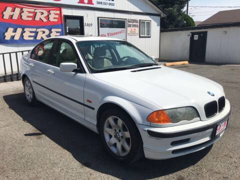 2001 BMW 3 Series for sale at J and H Auto Sales in Union Gap WA