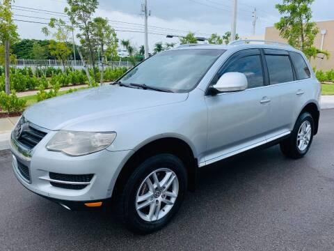 2008 Volkswagen Touareg 2 for sale at LA Motors Miami in Miami FL