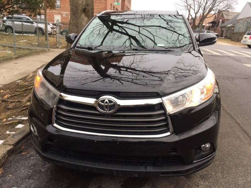 2015 Toyota Highlander for sale at B & Z Auto Sales LLC in Delran NJ