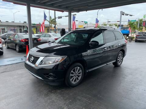2016 Nissan Pathfinder for sale at American Auto Sales in Hialeah FL