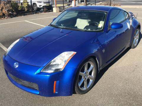 2004 Nissan 350Z for sale at MAGIC AUTO SALES in Little Ferry NJ