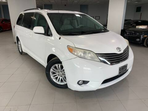 2011 Toyota Sienna for sale at Auto Mall of Springfield in Springfield IL