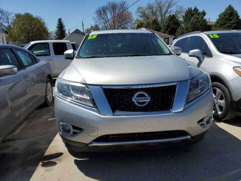 2015 Nissan Pathfinder for sale at Buena Vista Auto Sales in Storm Lake IA