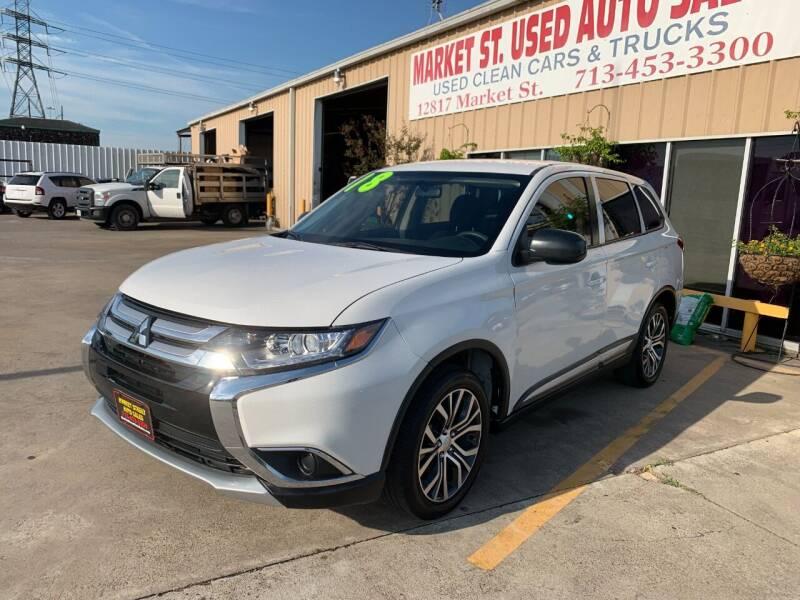 2018 Mitsubishi Outlander for sale at Market Street Auto Sales INC in Houston TX