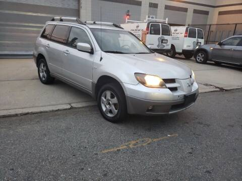 2003 Mitsubishi Outlander for sale at O A Auto Sale in Paterson NJ