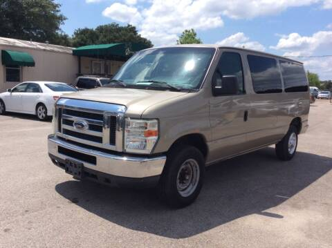 2011 Ford E-Series Wagon for sale at OASIS PARK & SELL in Spring TX