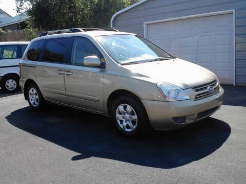 2008 Kia Sedona for sale at Marty's Auto Sales in Lenoir City TN