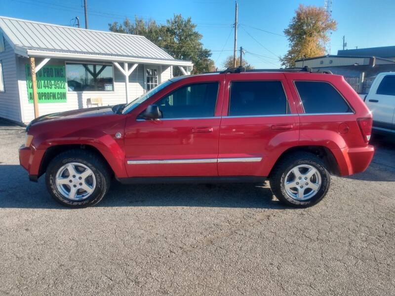 2005 Jeep Grand Cherokee for sale at Auto Pro Inc in Fort Wayne IN