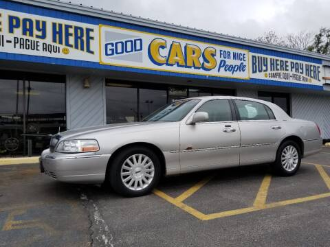 2003 Lincoln Town Car for sale at Good Cars 4 Nice People in Omaha NE