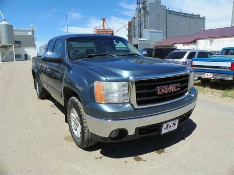 2007 GMC Sierra 1500 for sale at J & S Auto Sales in Thompson ND
