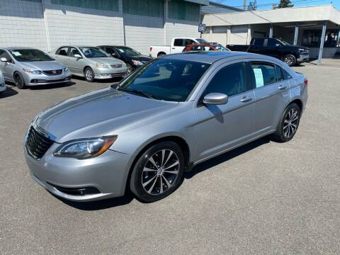 2013 Chrysler 200 for sale at Vista Auto Sales in Lakewood WA