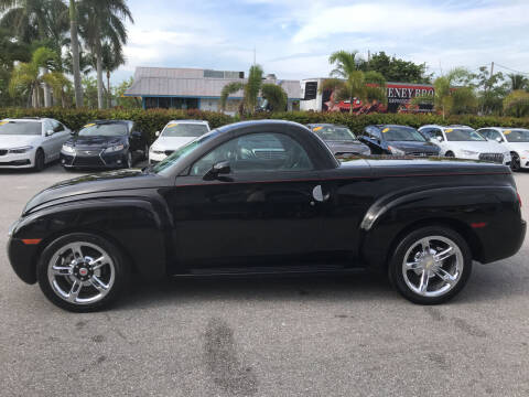 2005 Chevrolet SSR for sale at Classic Cars of Palm Beach in Jupiter FL