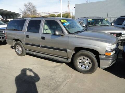 2001 Chevrolet Suburban for sale at Gridley Auto Wholesale in Gridley CA