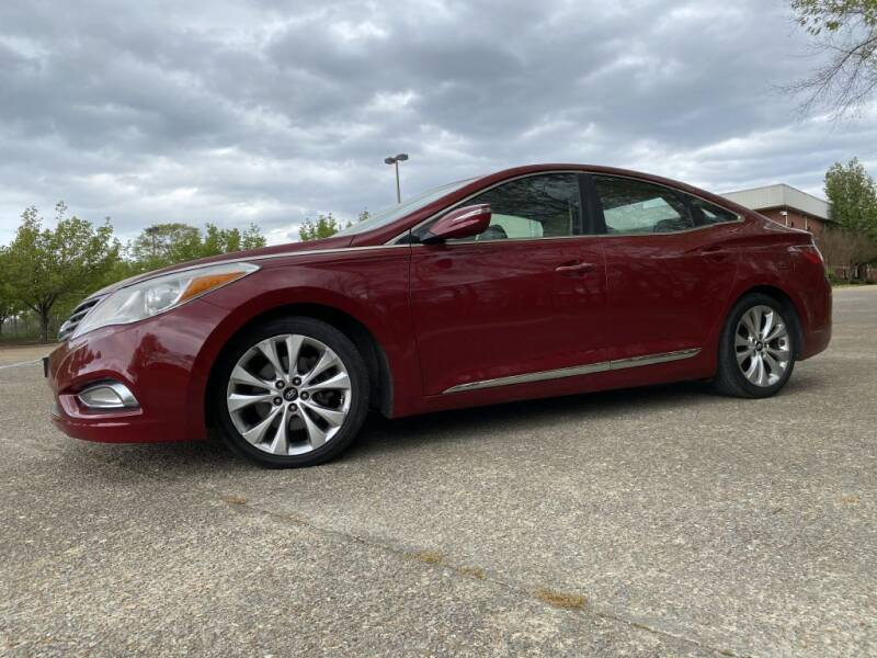 2012 Hyundai Azera for sale at Crossroads Outdoor in Corinth MS