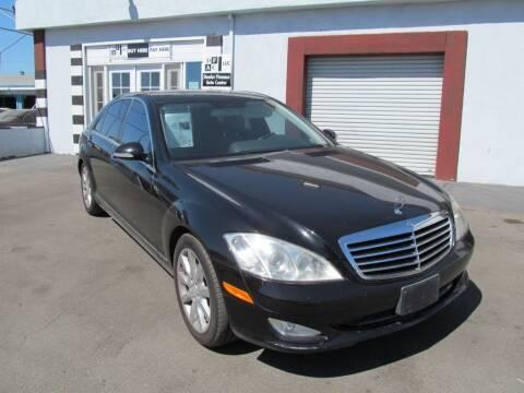 2008 Mercedes-Benz S-Class for sale at Dealer Finance Auto Center LLC in Sacramento CA