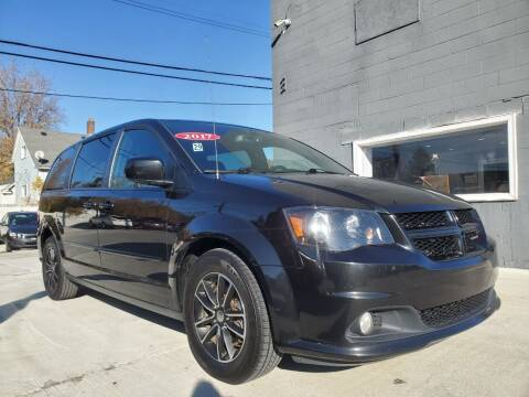 2017 Dodge Grand Caravan for sale at Julian Auto Sales, Inc. - Number 1 Car Company in Detroit MI