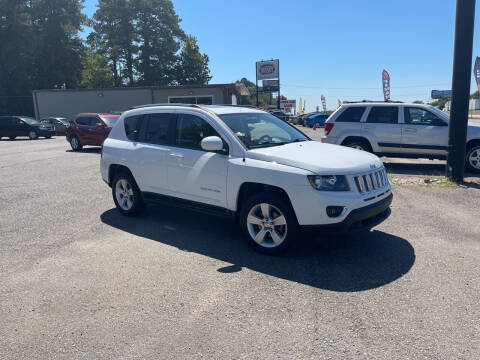 2015 Jeep Grand Cherokee for sale at Auto Credit Xpress in Benton AR