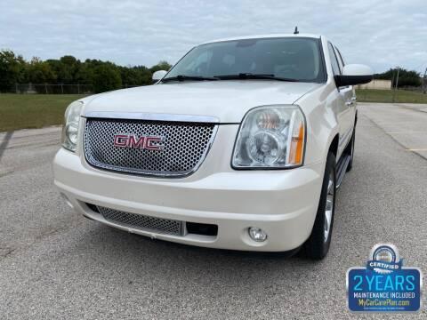 2009 GMC Yukon for sale at Destin Motors in Plano TX