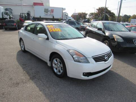 2009 Nissan Altima for sale at Auto Bella Inc. in Clayton NC