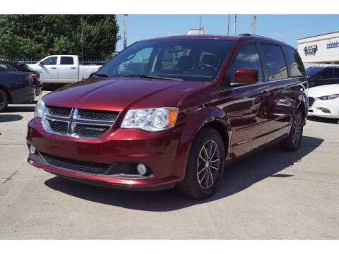 2017 Dodge Grand Caravan for sale at Credit Connection Sales in Fort Worth TX