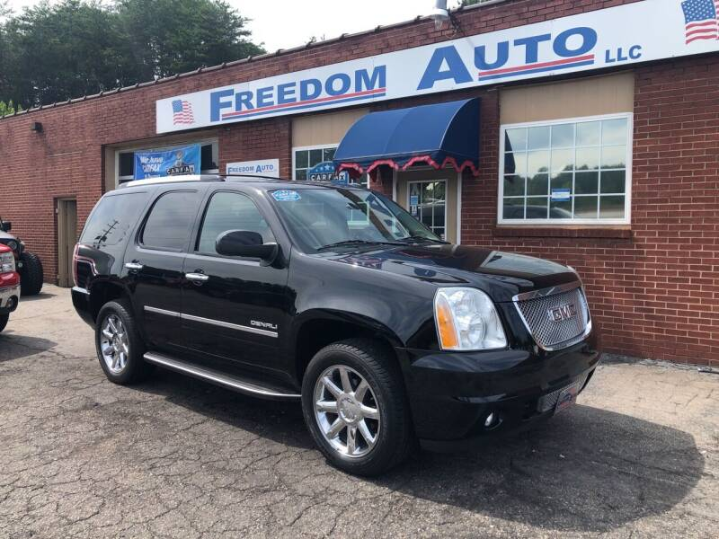 2011 GMC Yukon for sale at FREEDOM AUTO LLC in Wilkesboro NC